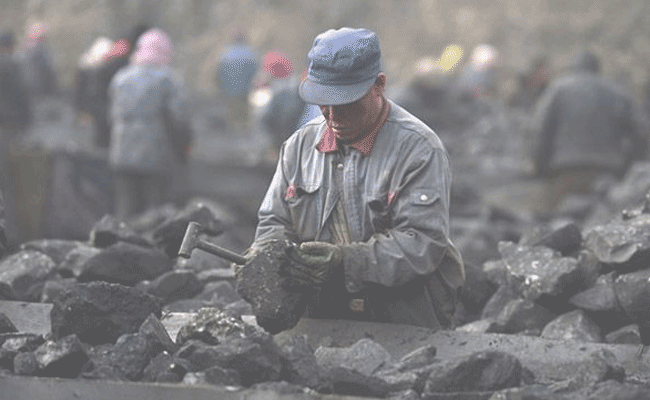 12 provincial regions vow to reduce excess coal production