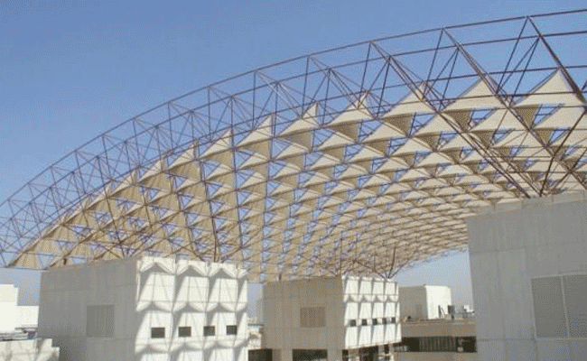 5-Reasons-Why-Your-Building-Needs-a-Steel-Truss-Roof