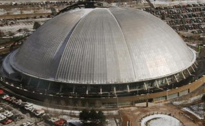 The First Stadium Retractables